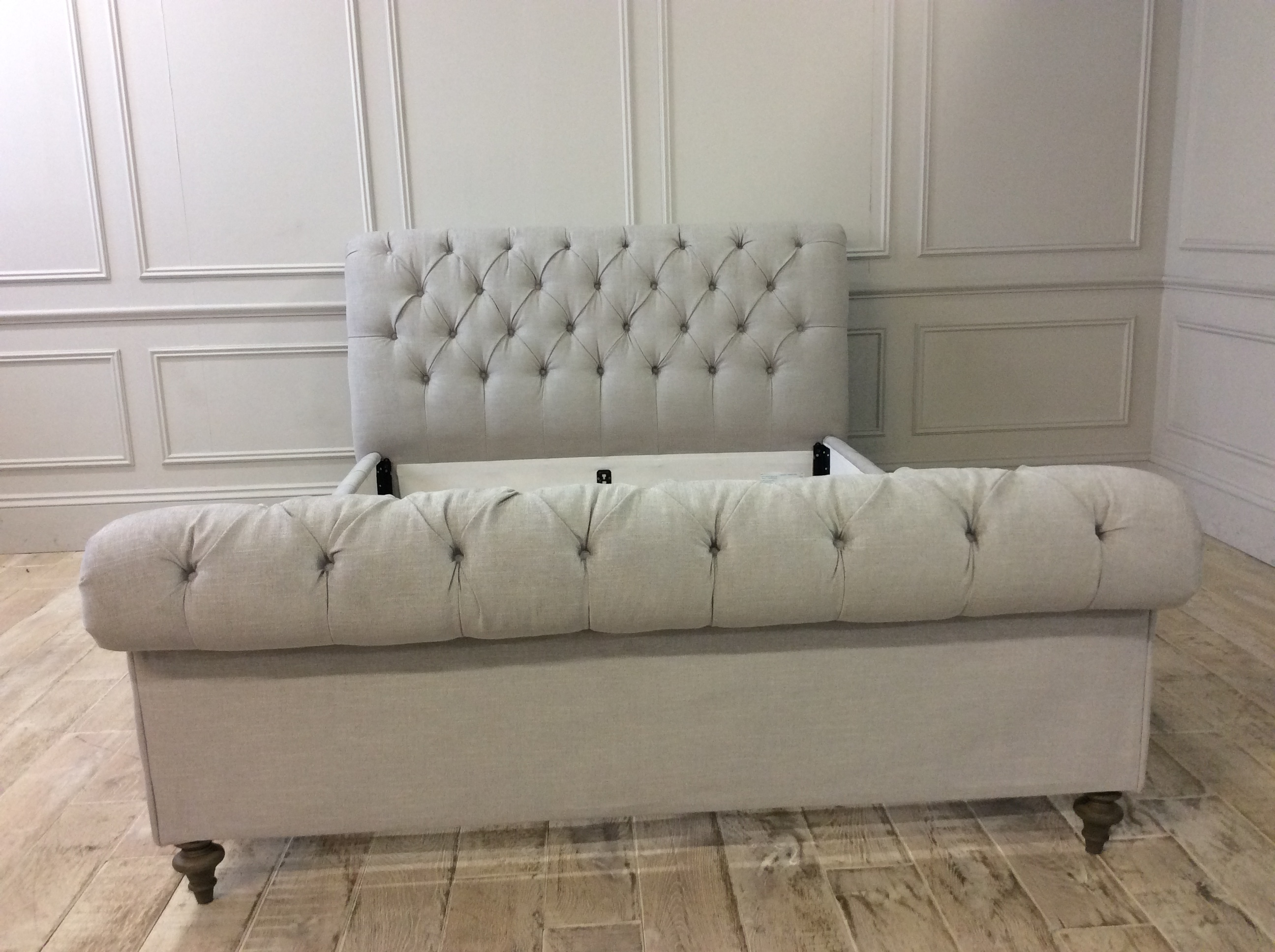 Product photograph showing Headly King Bed High End In Blake 19320 Cloud Fabric