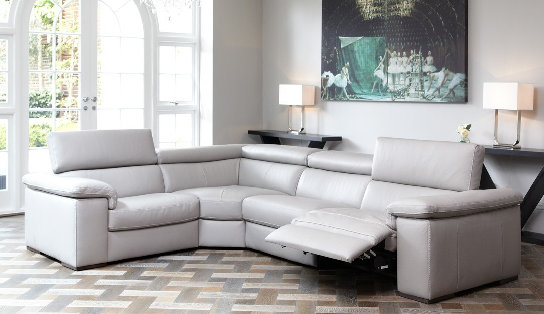 Product photograph showing Fabio Large Corner With Electric Recliner