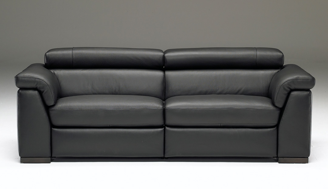Product photograph showing Francesca 3 Seater Sofa 009