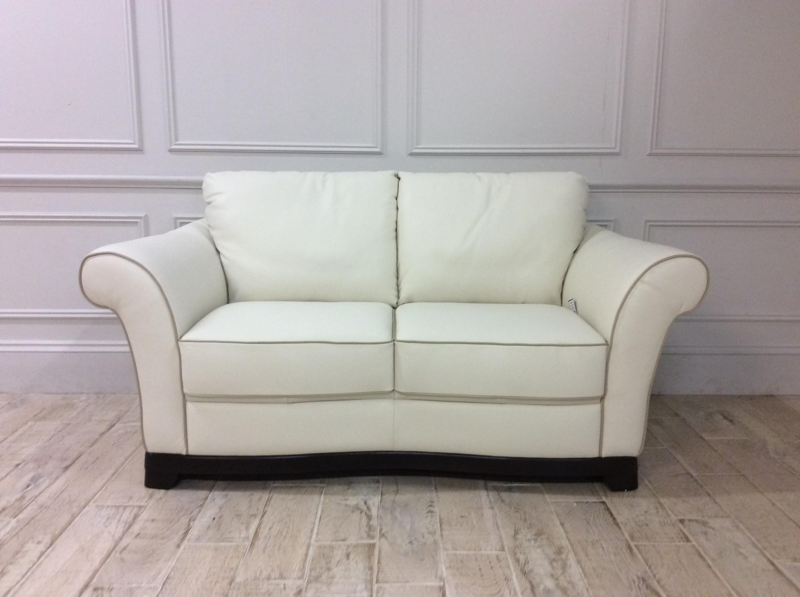 Product photograph showing Lucia 2 Seater Sofa In 15ci Leather