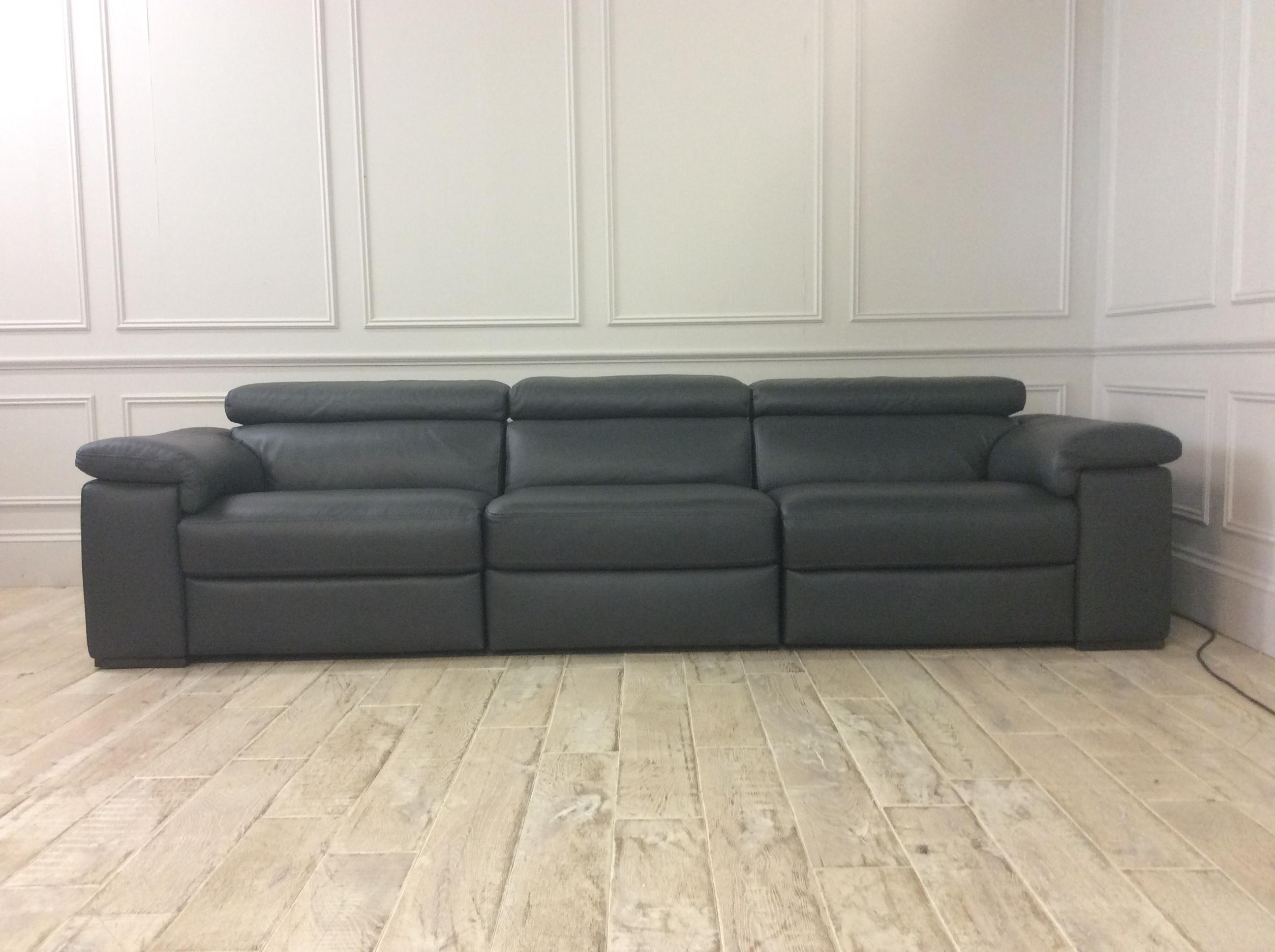 Product photograph showing Fabio Electric Recliner Sofa In Italian 10bi Leather