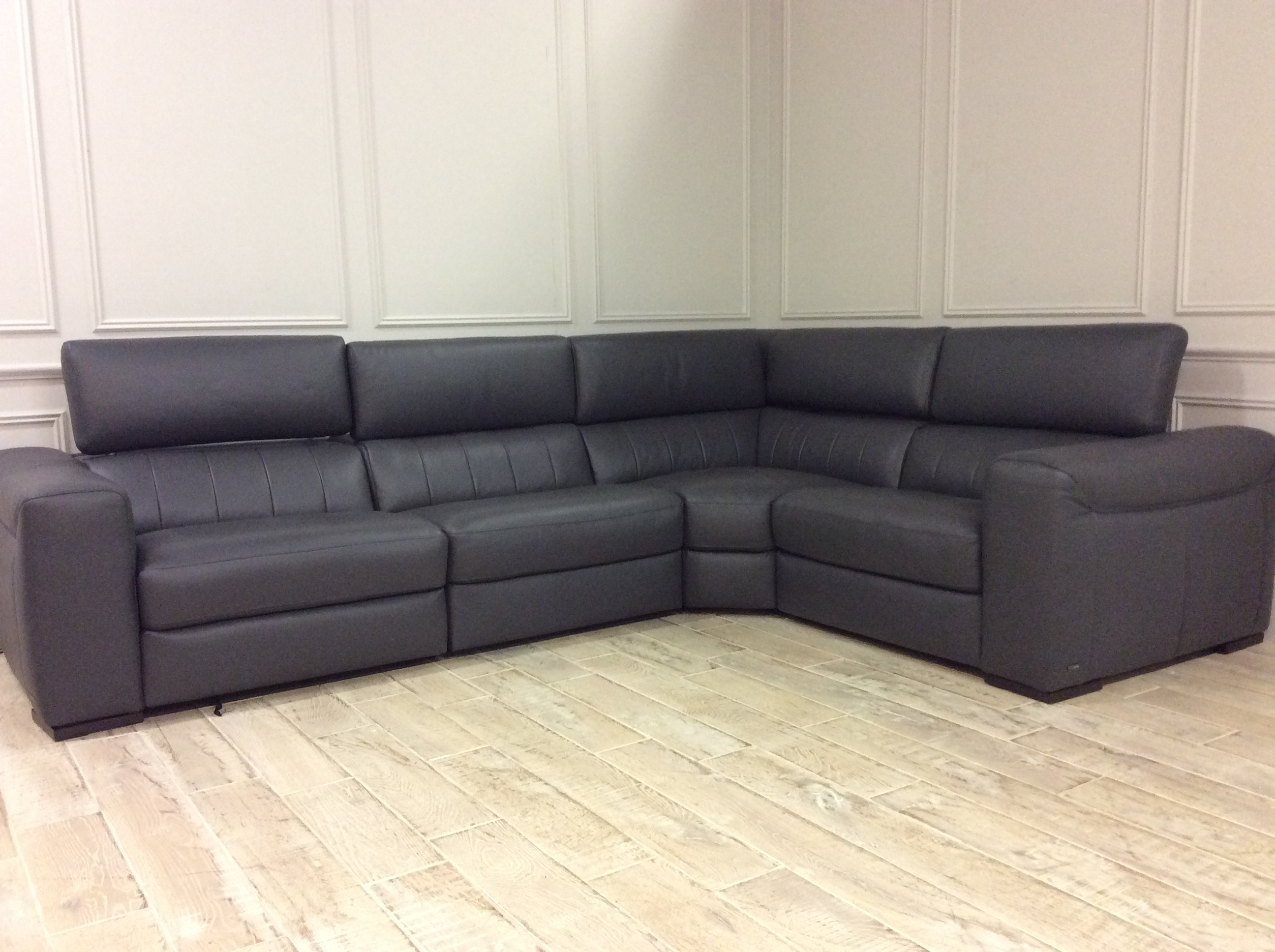 Product photograph showing Florentina Corner Sofa With Electric Recliners In 20ji Italian Leather