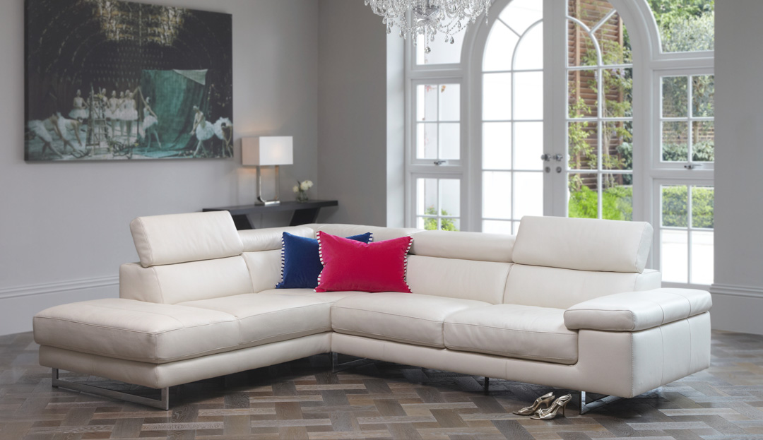 Product photograph showing Milano Leather Corner Chaise Sofa - Left 2 Units 019 200