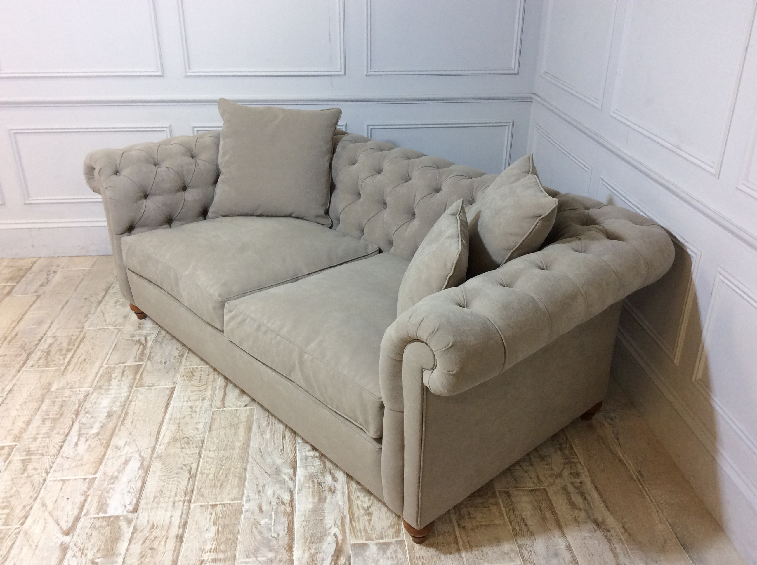 Duresta Connaught Fabric Medium Sofa in Brera Linen