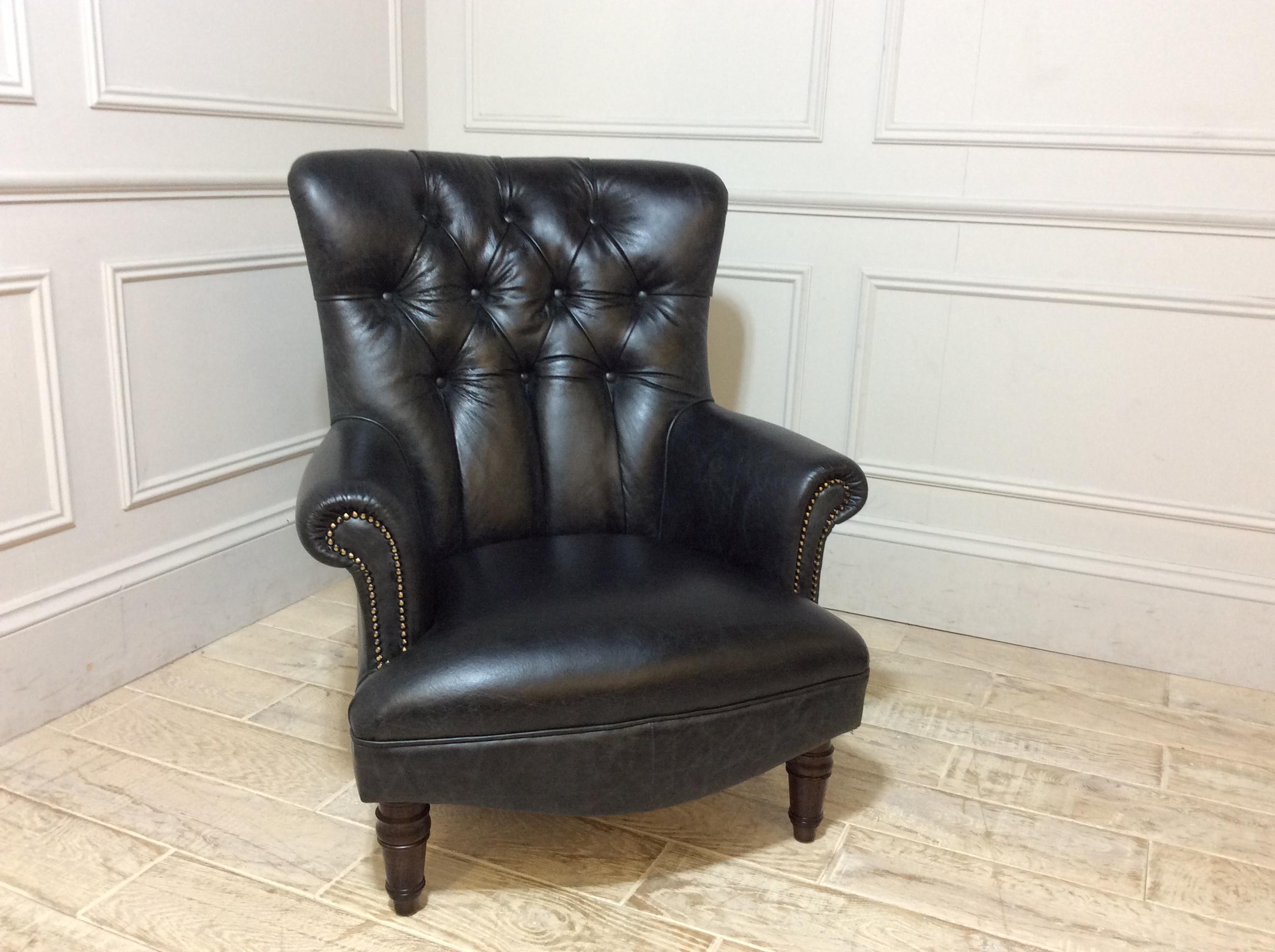 Lomond Chair in Galveston Black