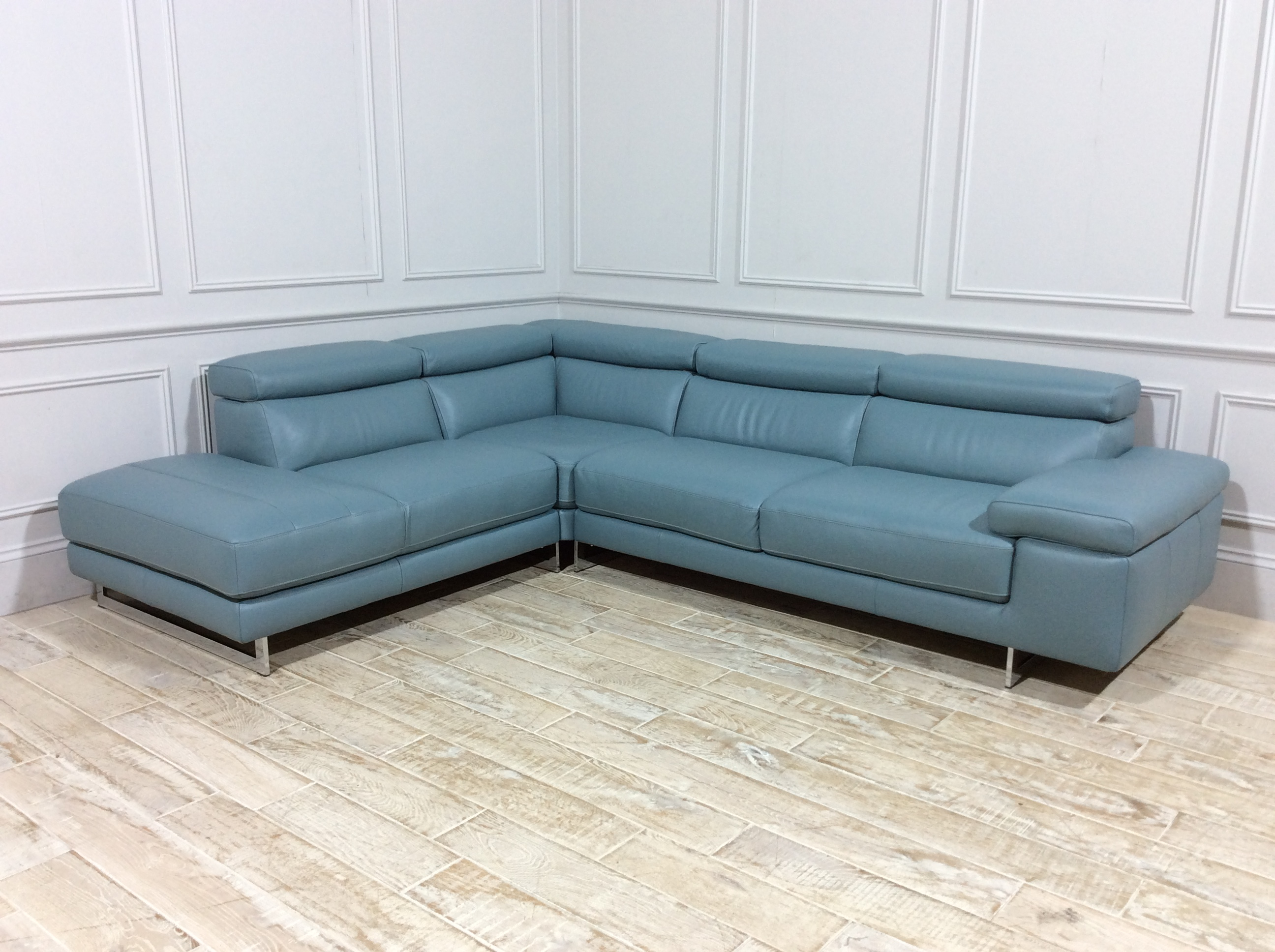Milano Leather Chaise Leather Sofa in 20JX