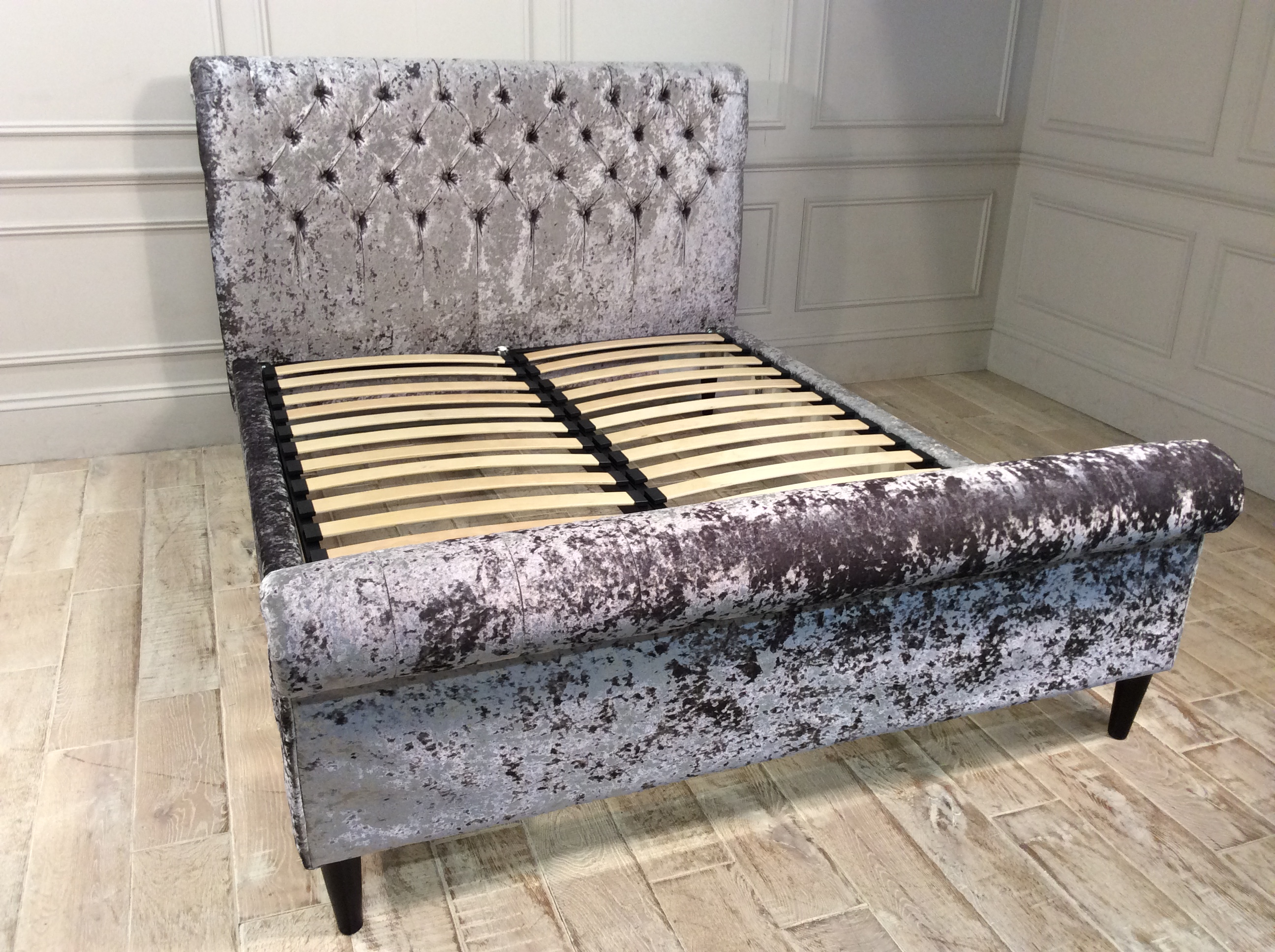 Avoca King Size Bed in Fossil