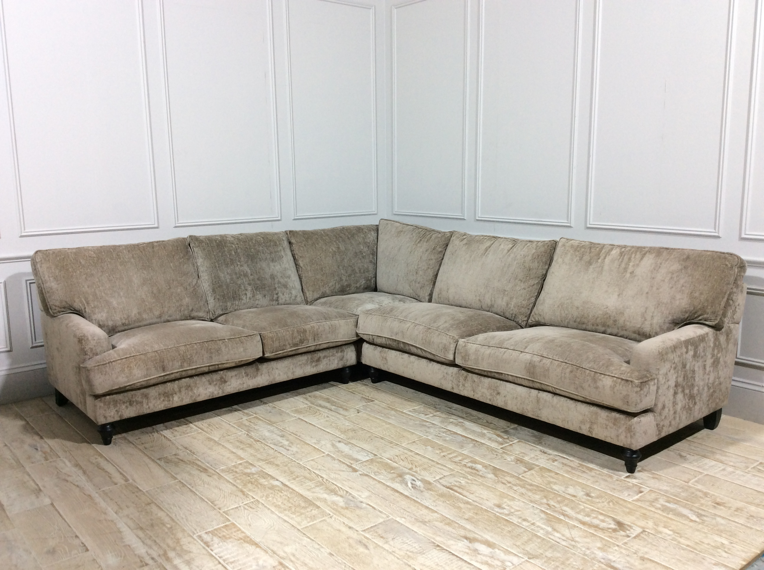 Whinfell Large Corner Sofa in Traviata Mink