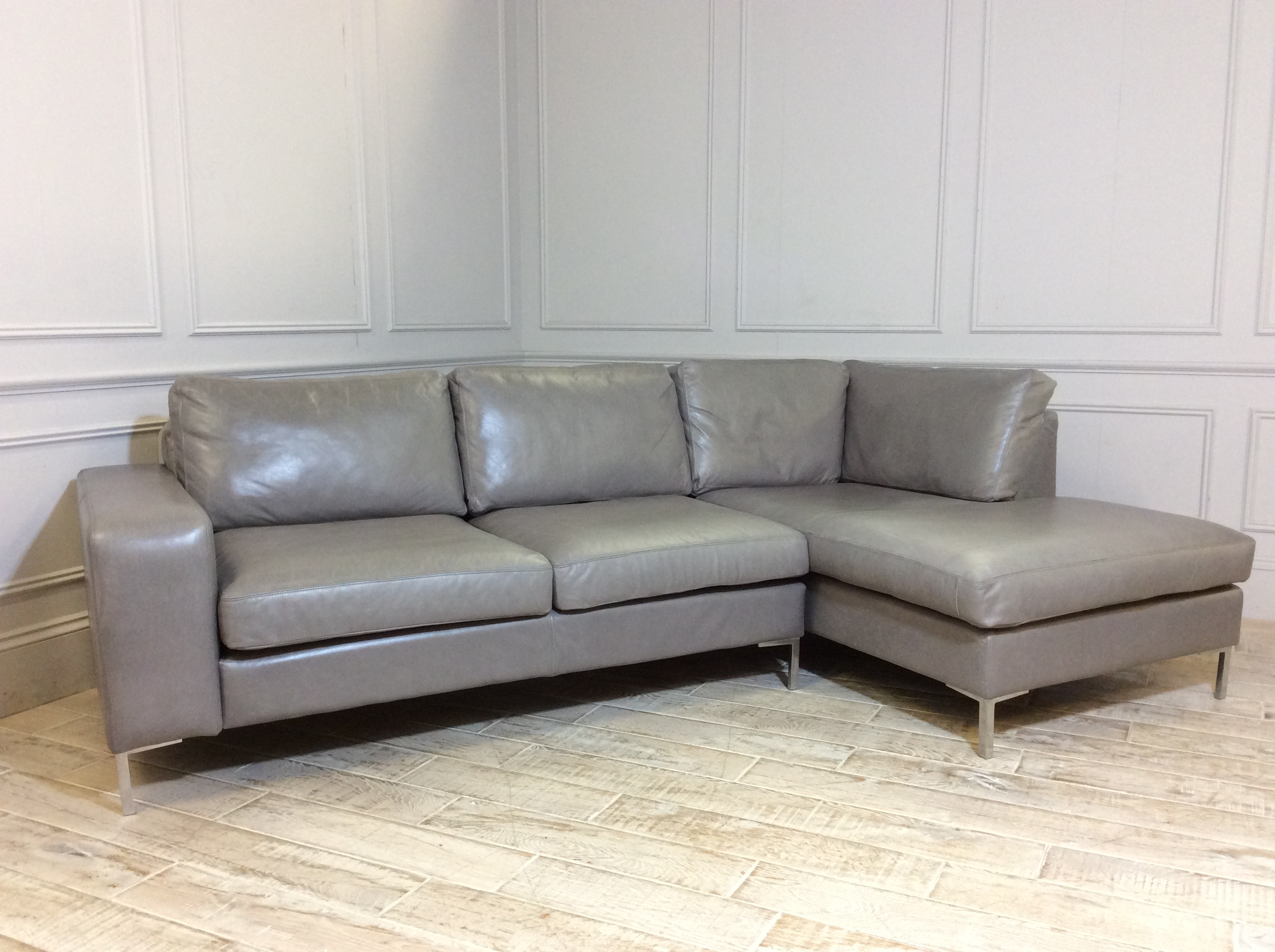 Kingly 3 Seater Leather Sofa with Chaise in Slate