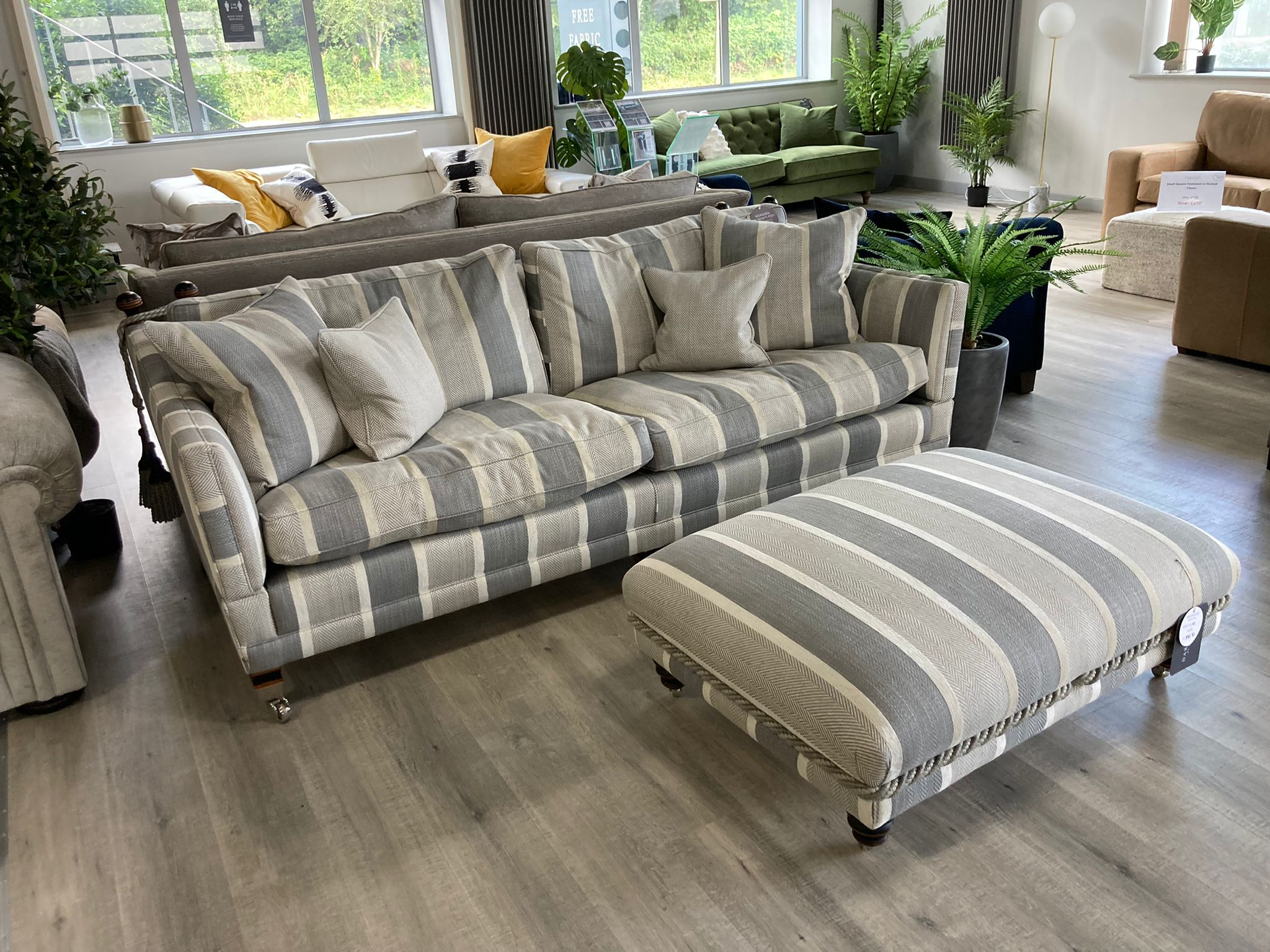 Trafalgar 3 Seater Sofa in Tangmere Silver
